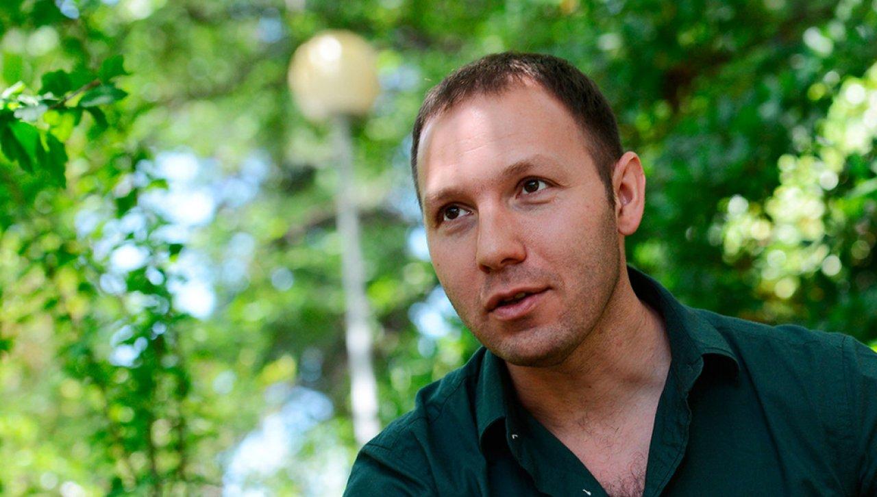 Михаил Сегал