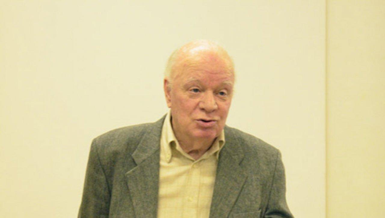 Борис Бушмелёв