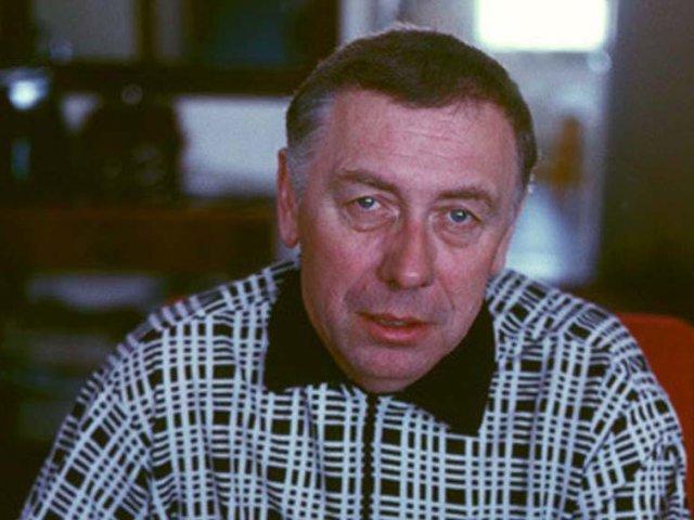 Анатолий Папанов