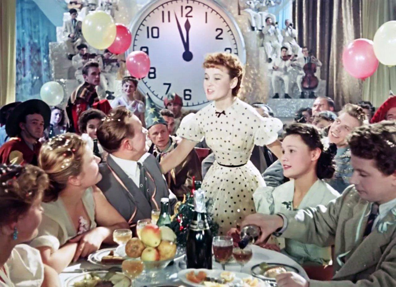Карнавальная ночь - 1956: актеры, рейтинг и отзывы на ... - photo#24