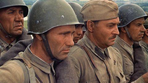 Вспомните фильм о Великой Отечественной войне
