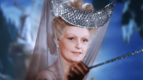 ВОЛШЕБНЫЙ ТЕСТ: Угадайте сказочную героиню по одному кадру!