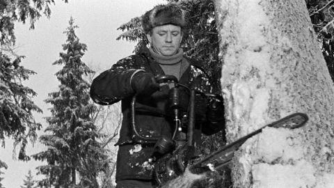 ТЕСТ: Угадайте профессии героев Николая Рыбникова!