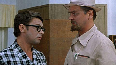 ТЕСТ: Угадайте, кому из героев фильма «Иван Васильевич меняет профессию» принадлежит цитата?